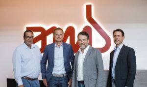 Od lewej do prawej: Jan Dietrich PTS, Paolo Cescutti, Dyrektor ds. Zakupów (naczelny), Bruno Marin, prezes dyrektor (naczelny) i Rolf Liebfried, dyrektor finansowy.